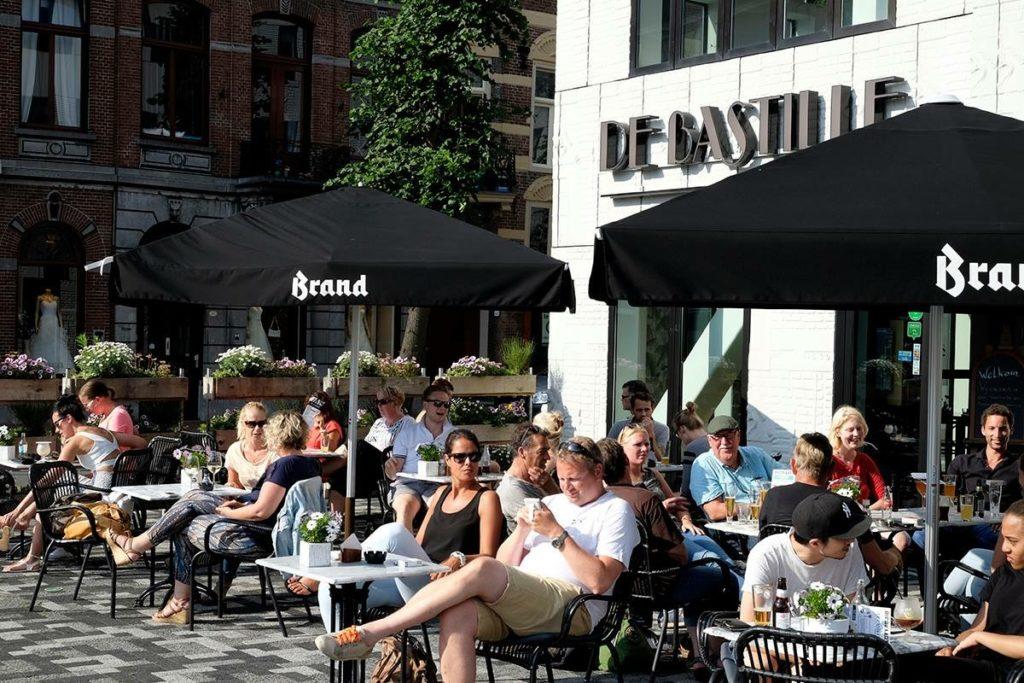 Terras Grand Café de Bastille Groningen